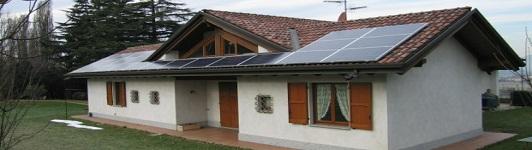 Impianto fotovoltaico a Monticello Brianza - Lecco - Lombardia - <br>Potenza: 5,3kW - Tipo Impianto: Semi-Integrato