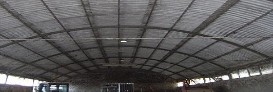 Bonifica di amianto - eternit a Campiglia Marittima - Livorno - Toscana <br>                     Superficie bonificata: 1.500 mq - Prima dell'intervento